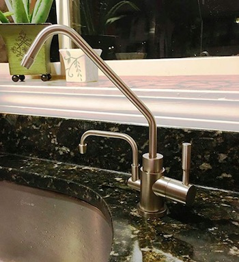 ionizer universal faucet